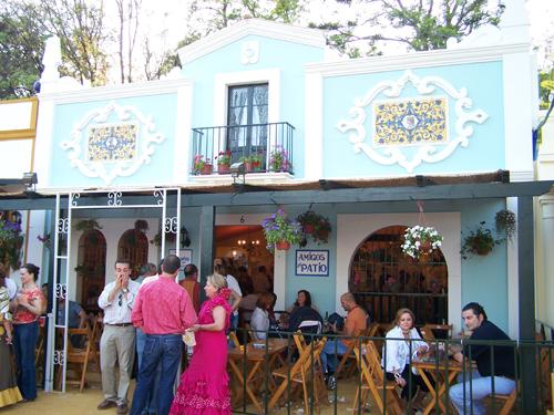 Im genes de casetas de la feria del caballo jerez 2007 for Casetas de patio